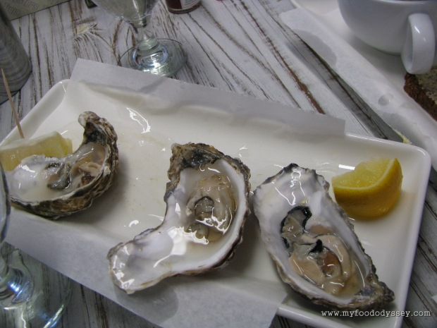 A lunch of succulent oysters. Kinsale, September 2010