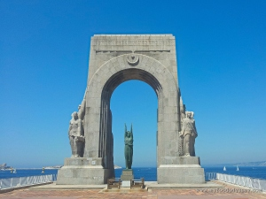 Monument aux Mort, Marseille | www.myfoododyssey.com