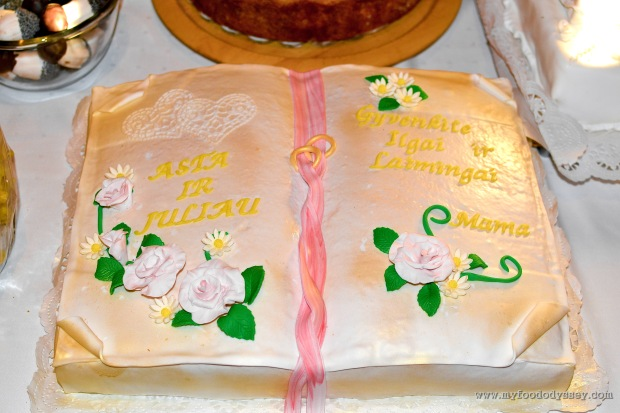 Lithuanian Wedding Cake | www.myfoododyssey.com