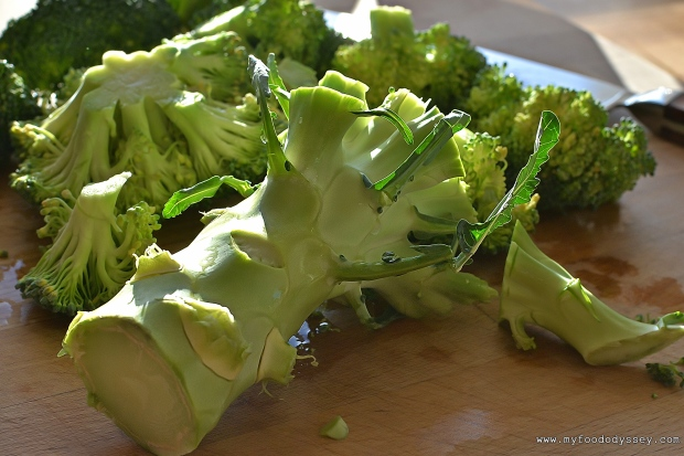 Creamy Broccoli & Cheddar Soup | www.myfoododyssey.com