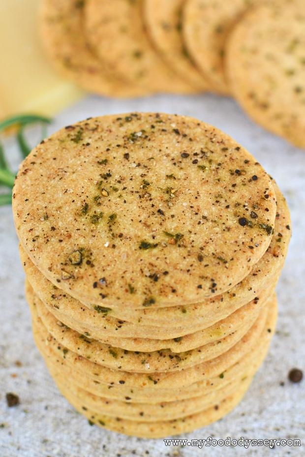 Salt Pepper & Rosemary Crackers DSC_0057