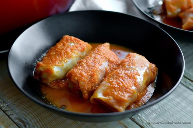 Lithuanian Cabbage Rolls | Balandėliai [Recipe] | www.myfoododyssey.com