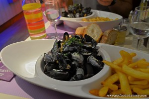 Moules Frites (Mussels and Chips), France | www.myfoododyssey.com