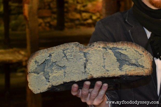 Mouldy bread, Roquefort | www.myfoododyssey,com